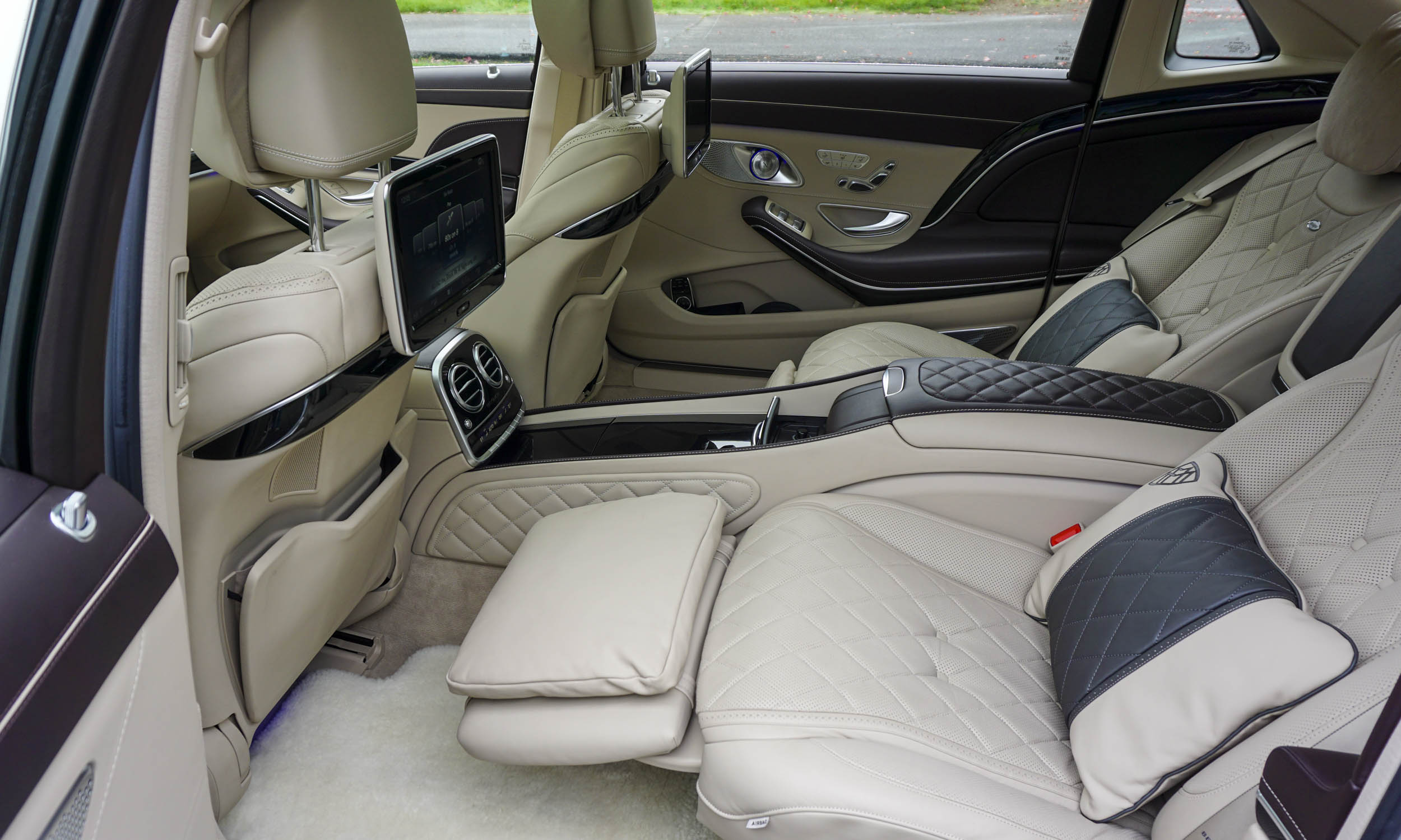 Mercedes-Maybach Backseat